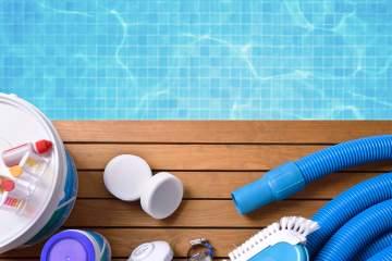 Les produits incontournables pour entretenir sa piscine chlorée