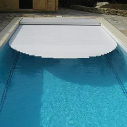 Volets de sécurité piscine