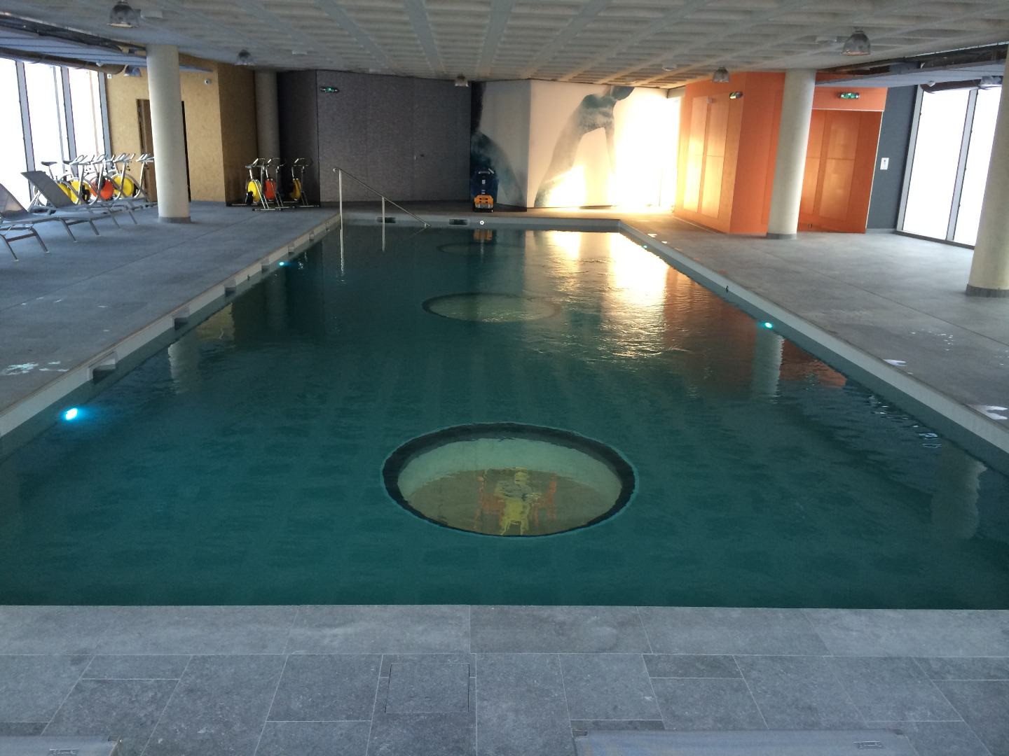 Piscine traditionnelle en béton